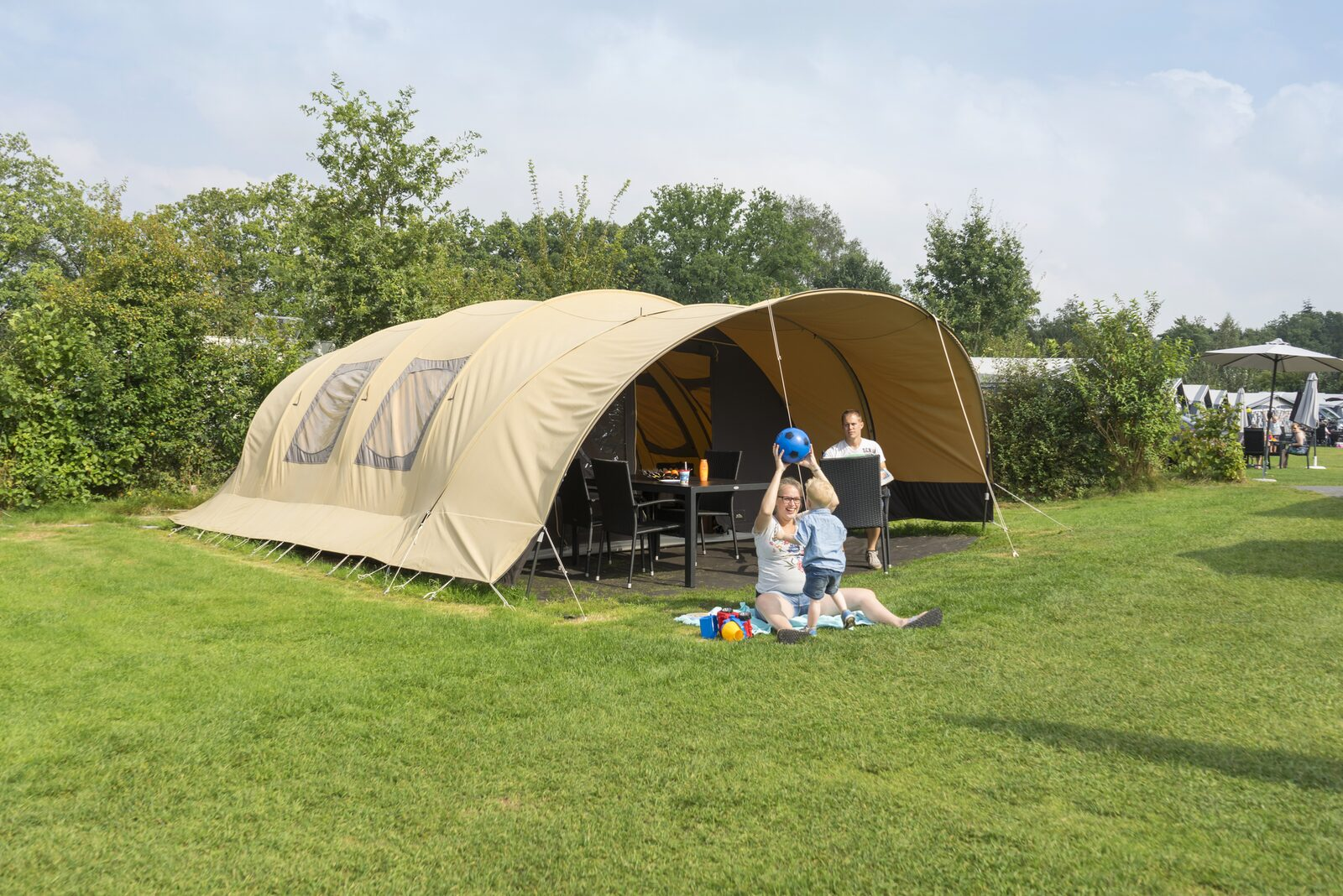 20% discount on a tunnel tent