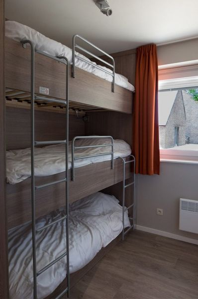 10p Holiday residence in Houthalen-Helchteren