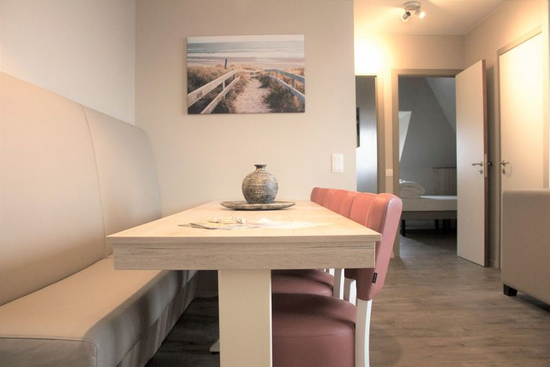 8p Holiday residence within walking distance to the beach in Westende