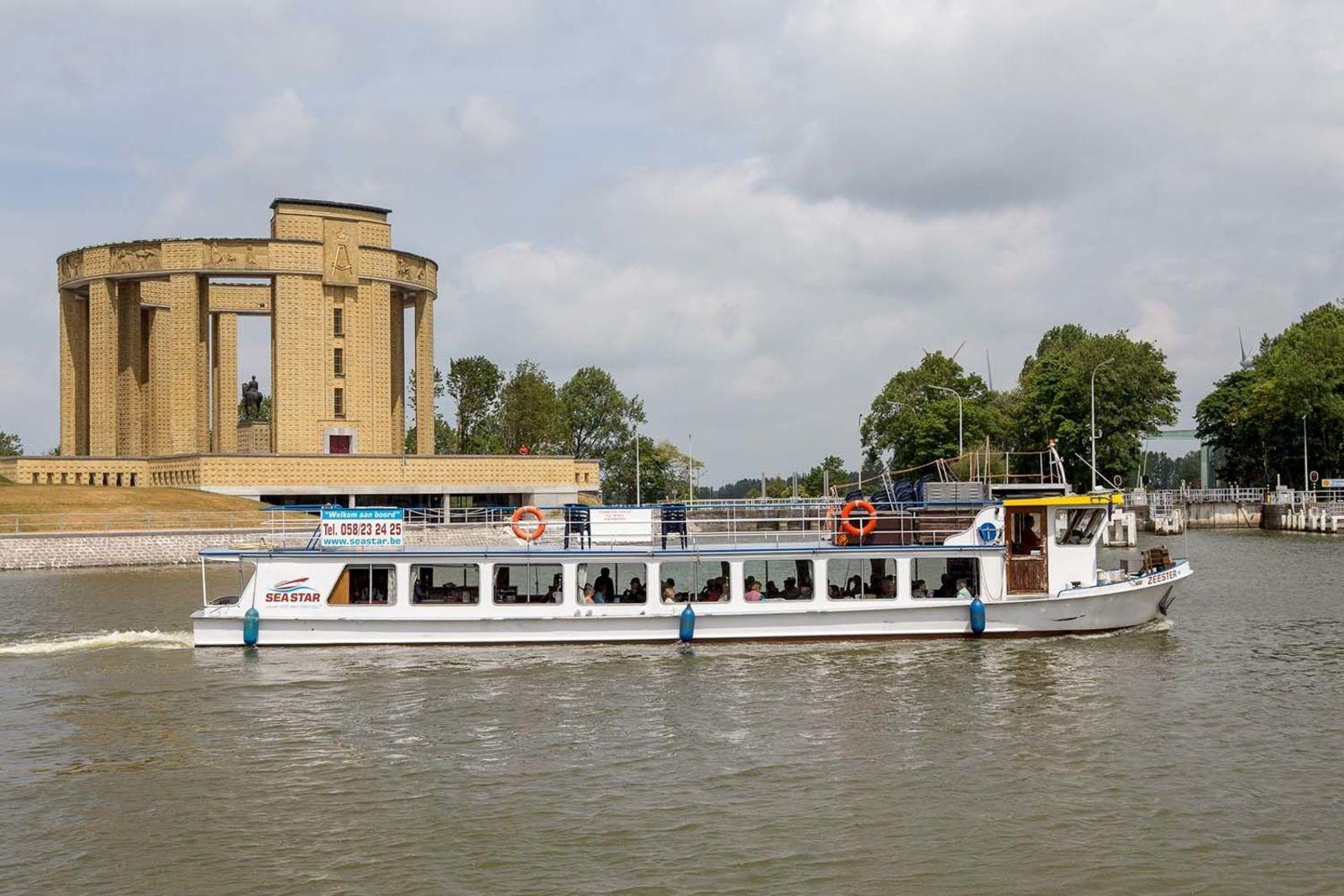 Boat excursion Harbour of Nieuwpoort (Seastar) Package Deal Jabbeke