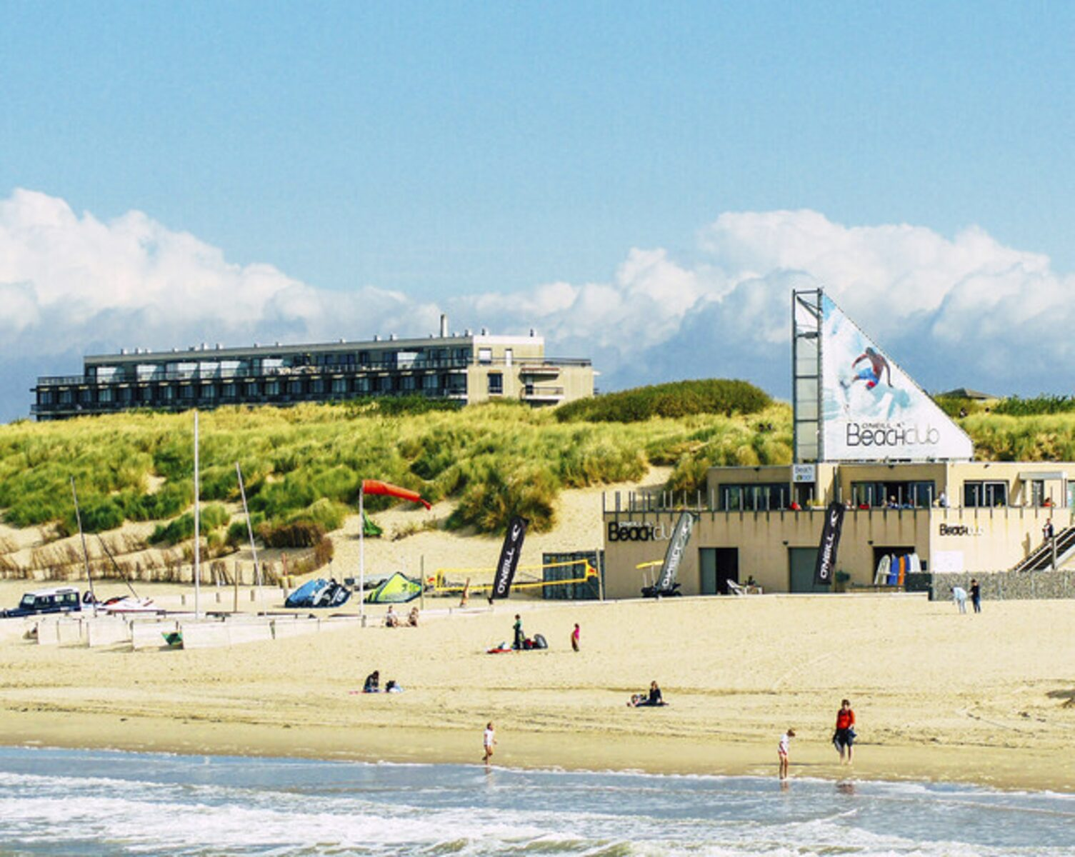 O'Neill Beachclub Package Deal Zeebrugge