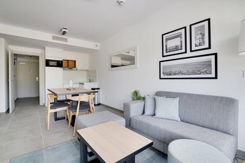 4p Nieuwe standaard suite in Vence aan de Cote d'Azur (db en sb)