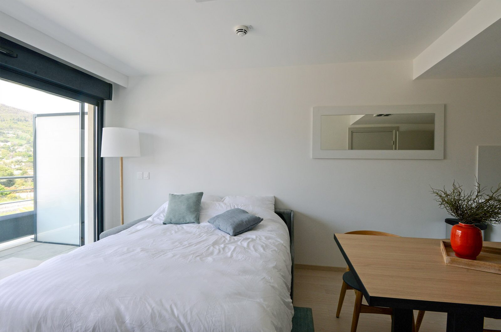 New standard suite for 6 people with double bed, single beds and a sofabed.