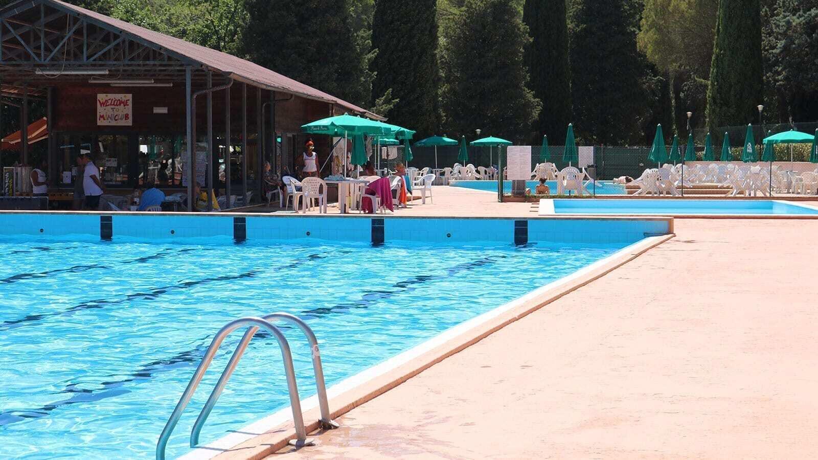 Pian di Boccio | Luxe Sanitary XL 6 Pers.