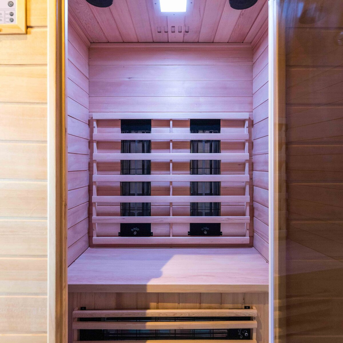 Deluxe 4 people Sauna