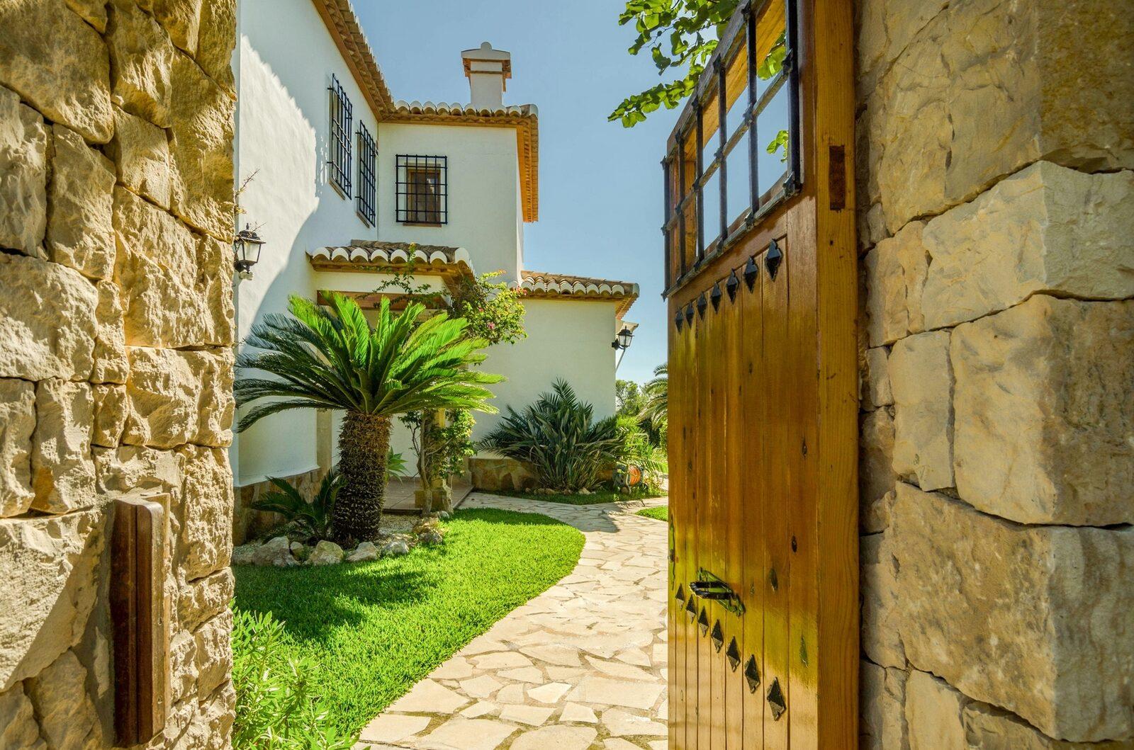 Villa Balcon Al Mar   8 personen