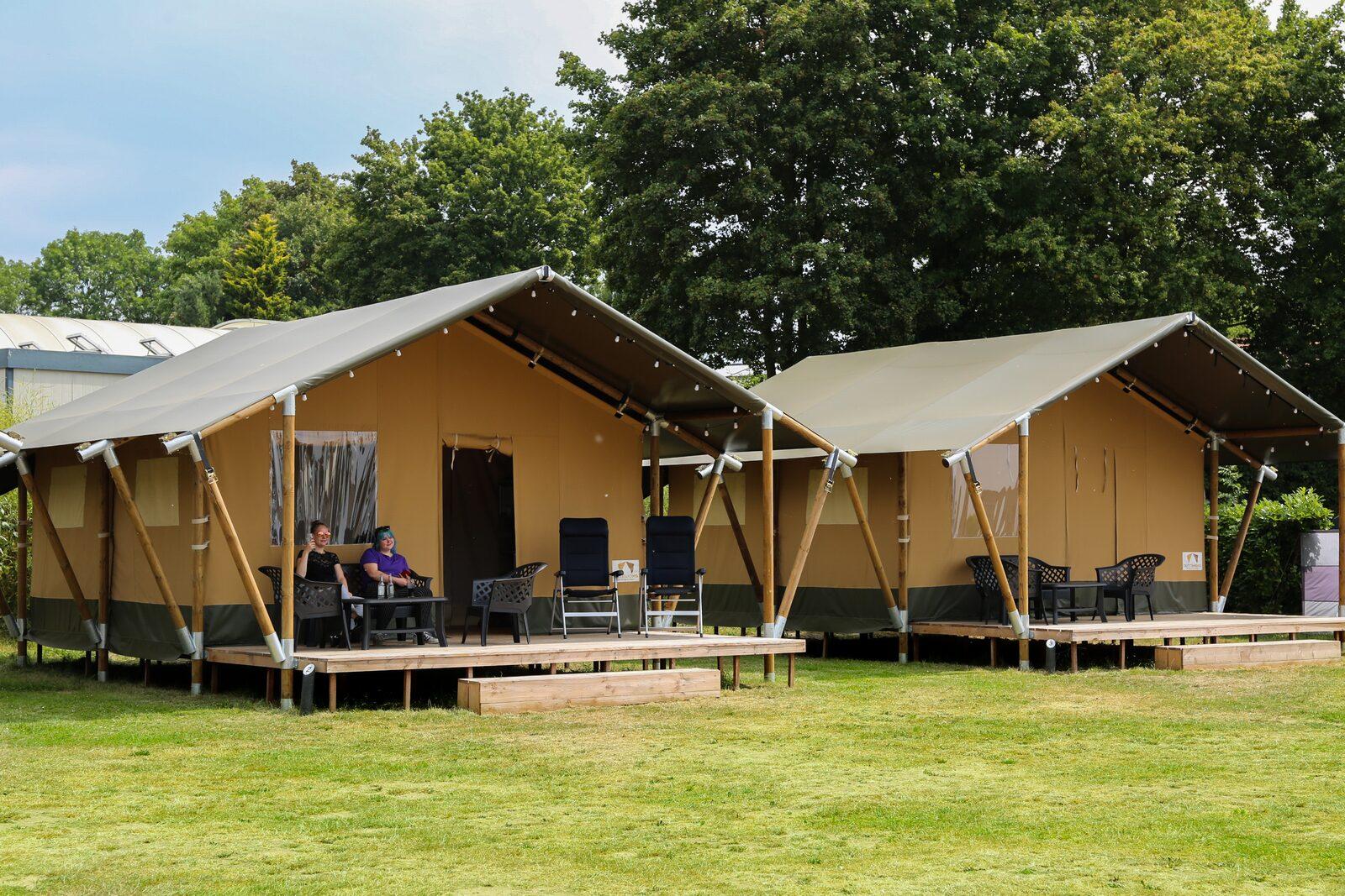 Safari tent 6 person with bathroom