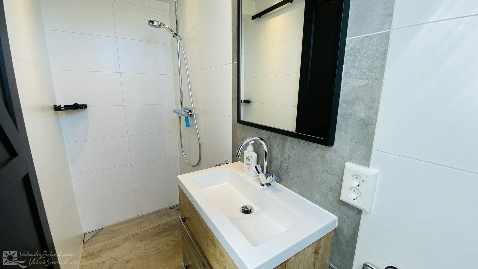 VZ174 Studio Apartment Aagtekerke