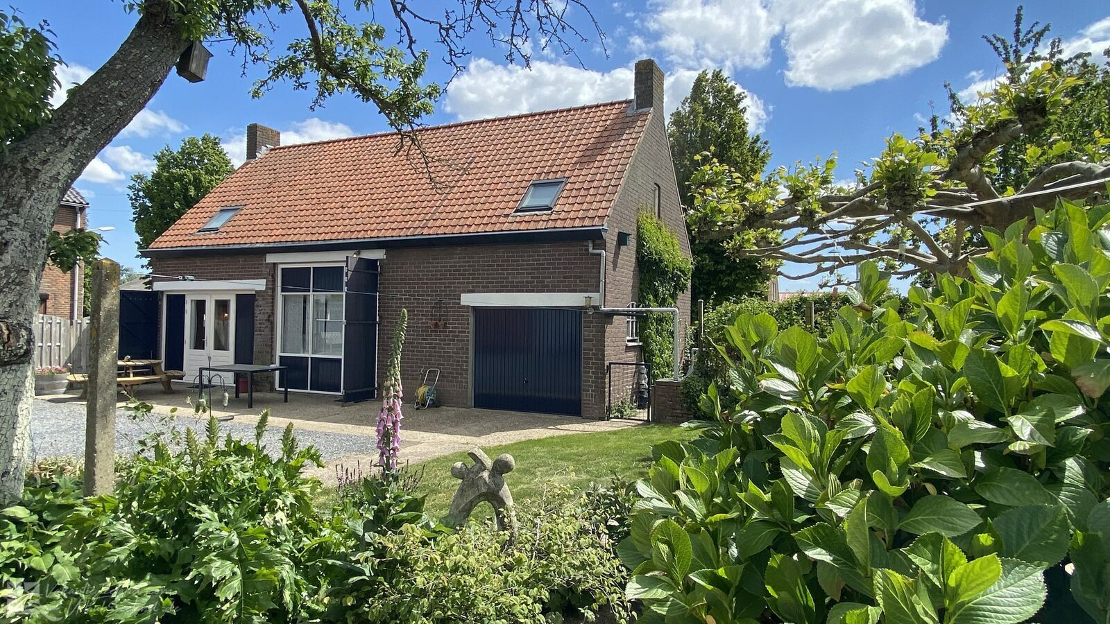 VZ020 Holiday home Sluis