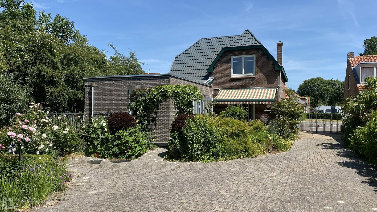 VZ840 Detached Holiday Home in Aardenburg