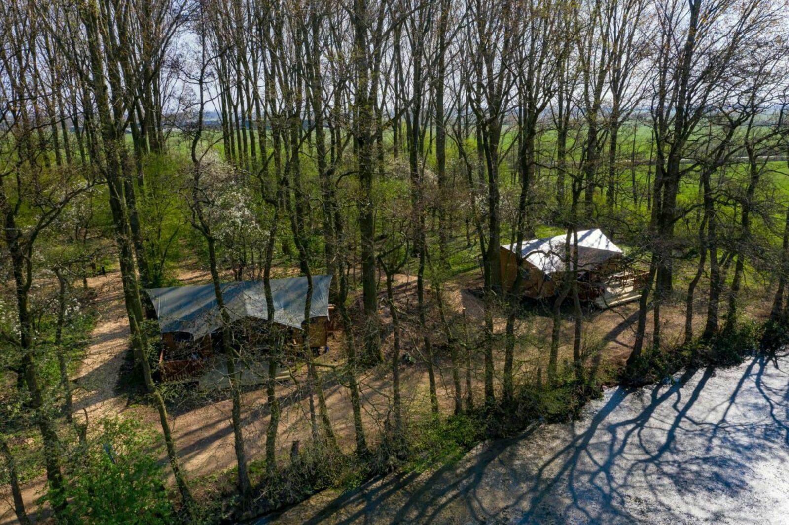 Glamping Groen, Bruin en Beige (3 tenten)