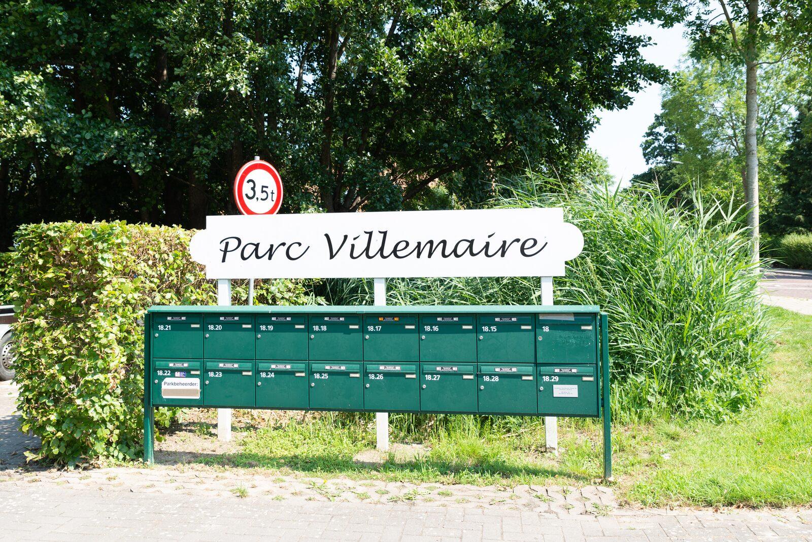 Vakantiewoning - Zuidweg 18   Zonnemaire 'Park Villemaire huisje 17'
