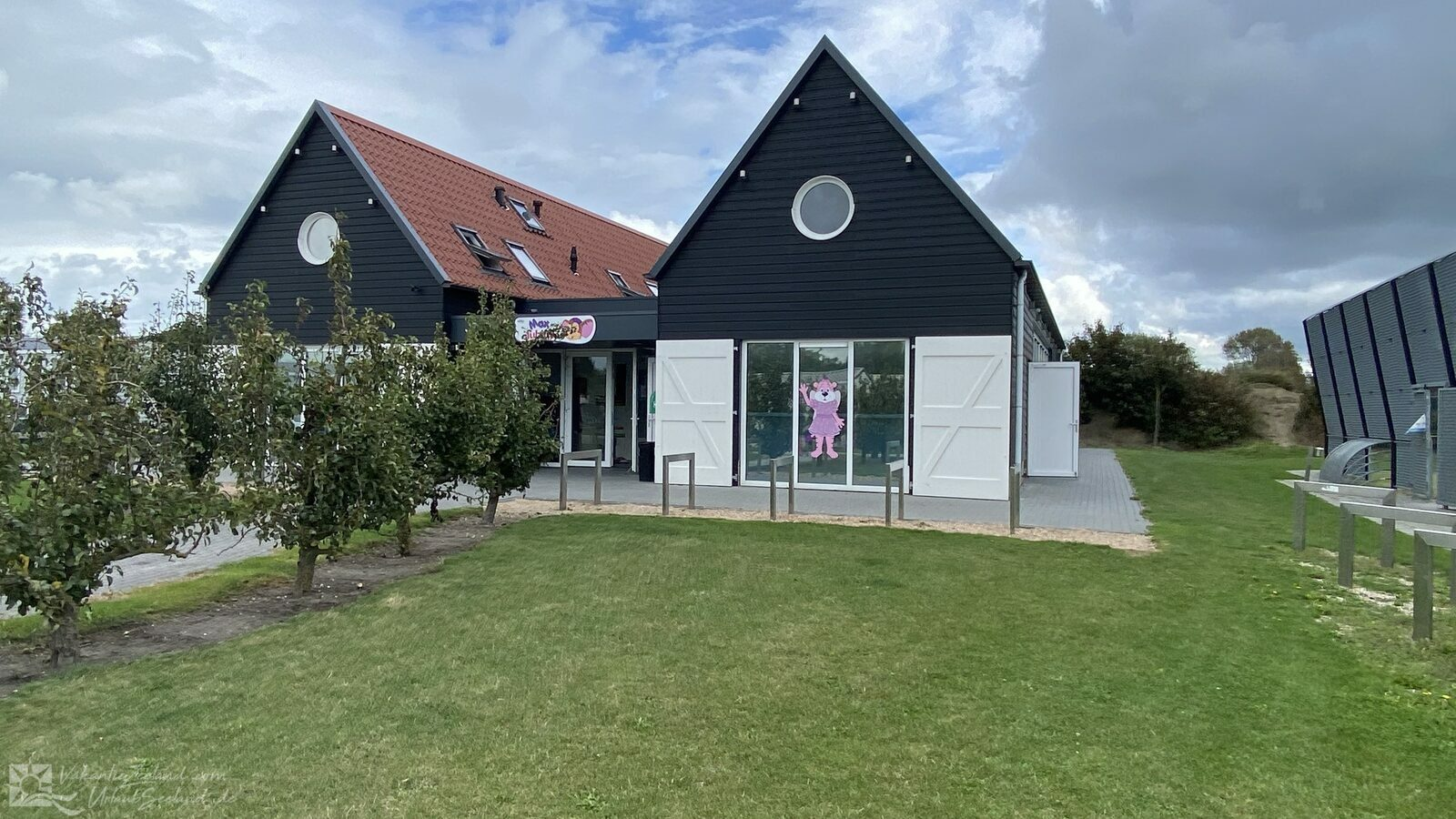 VZ878 Holiday chalet in Oostkapelle