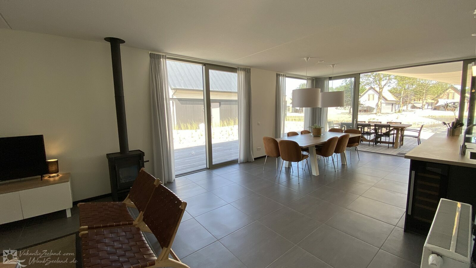 VZ845 Luxury holiday home Ouddorp