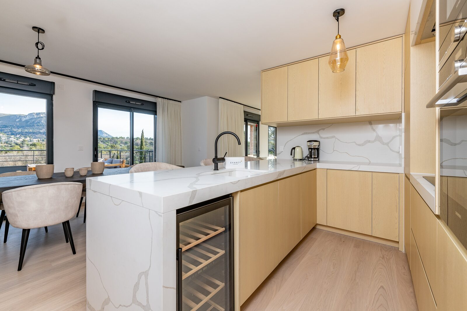 Ultra premium duplex penthouse for 9 people with 3 bedrooms & spacious terrace