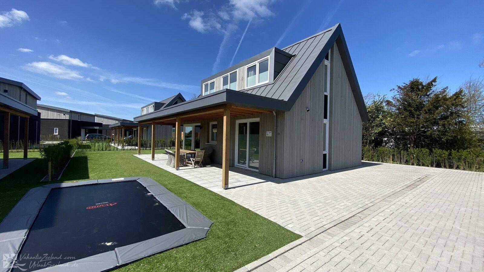 VZ949 Holiday villa Kamperland