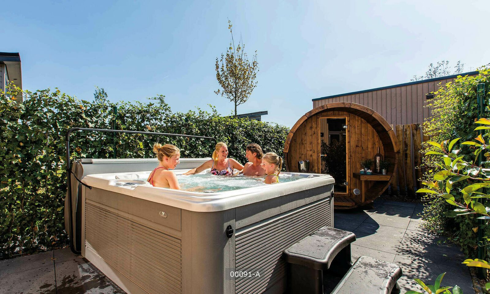 Deluxe six persons Wellness