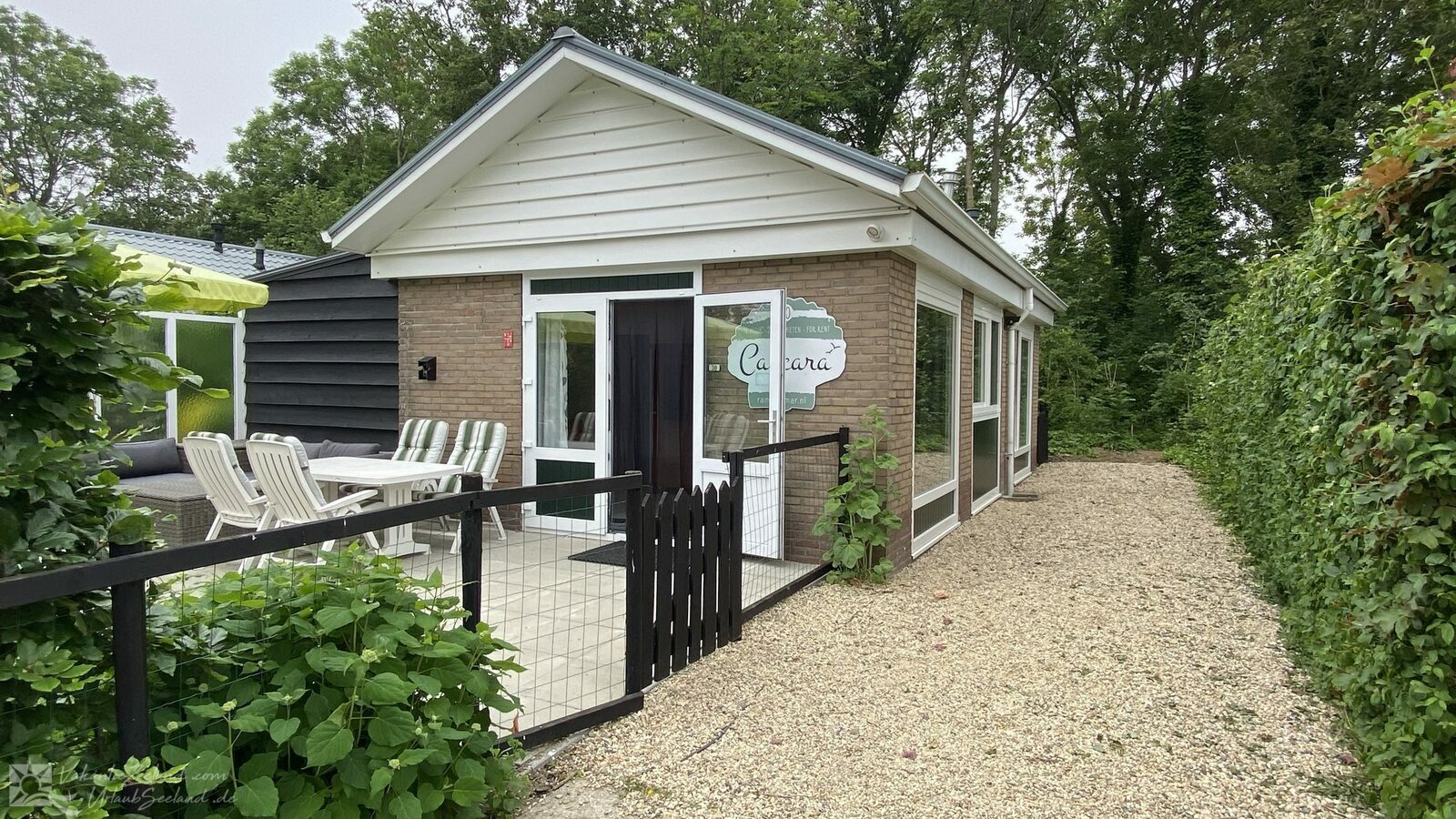 VZ978 Holiday Home in Baarland