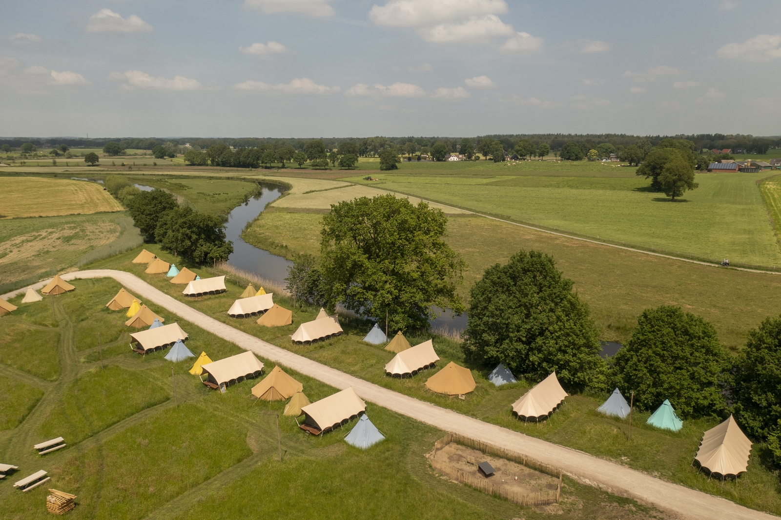 Pop-up glamping: Buurvrouws' Belltentje   2-4 pers.