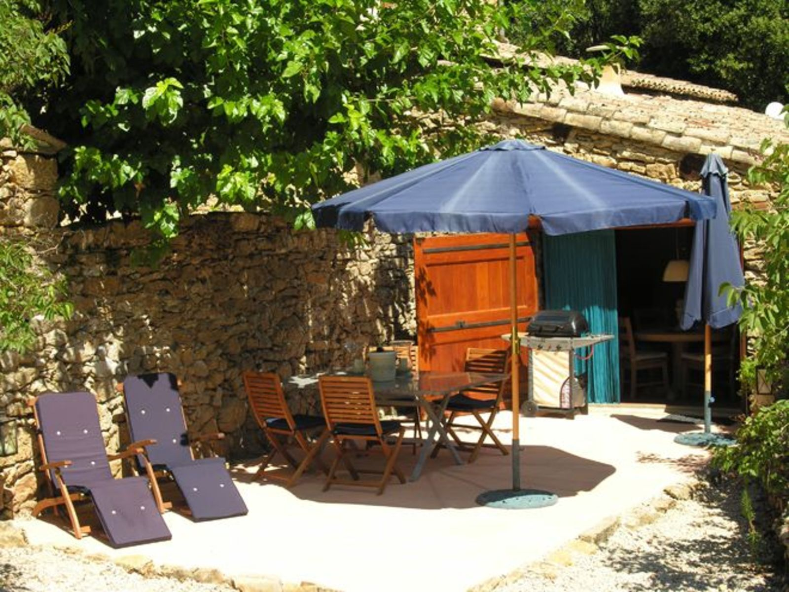 Le Paradis - gîte vakantiehuis met zwembad in Zuid-Frankrijk