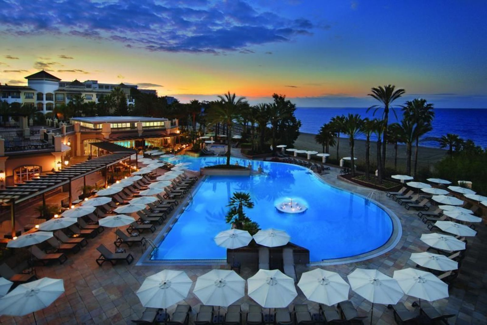 Marriott's Playa Andaluza, Estudio