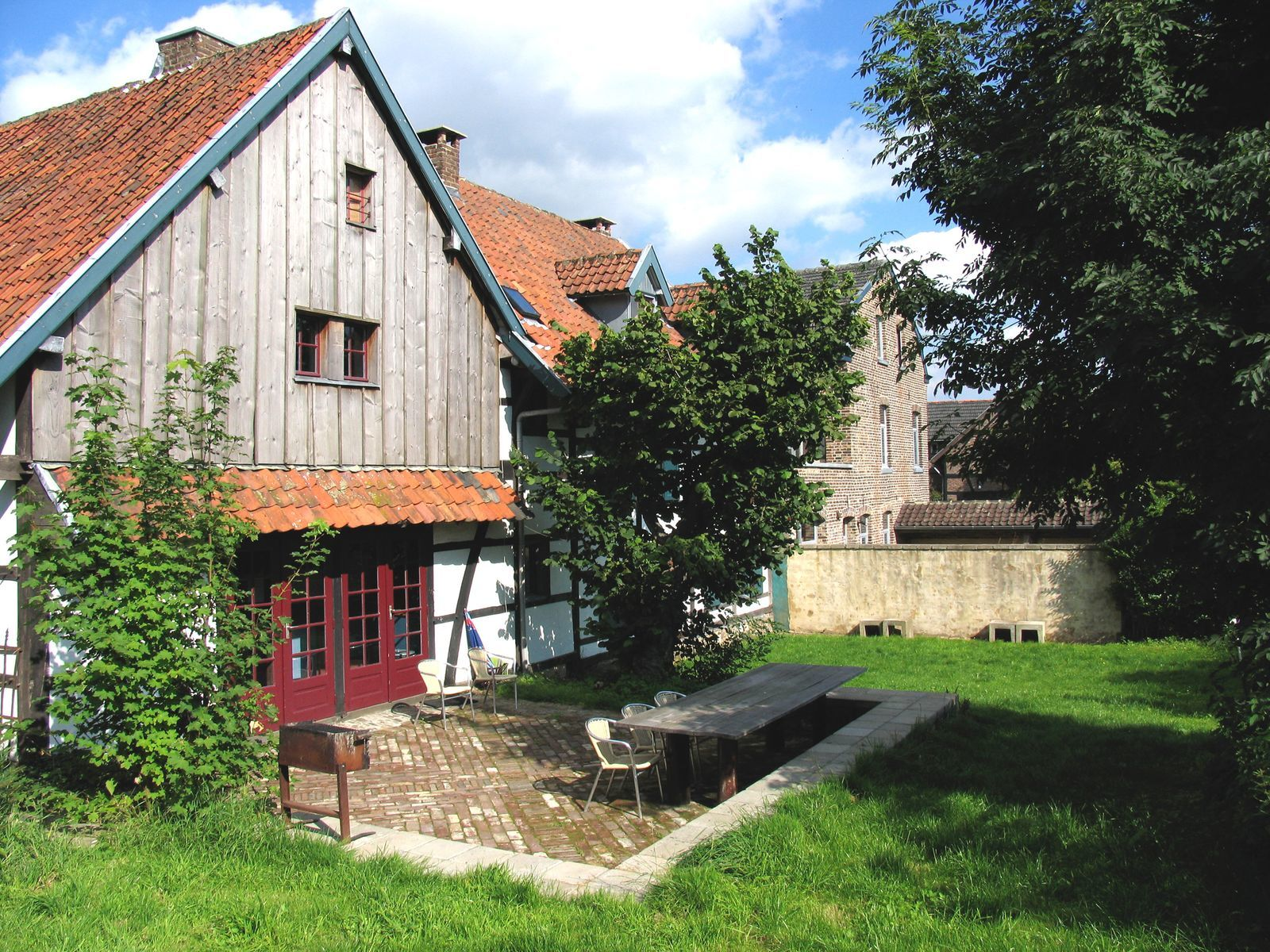Vakwerkhuis Woonhuis - vakantiehuis voor groepen in Limburg