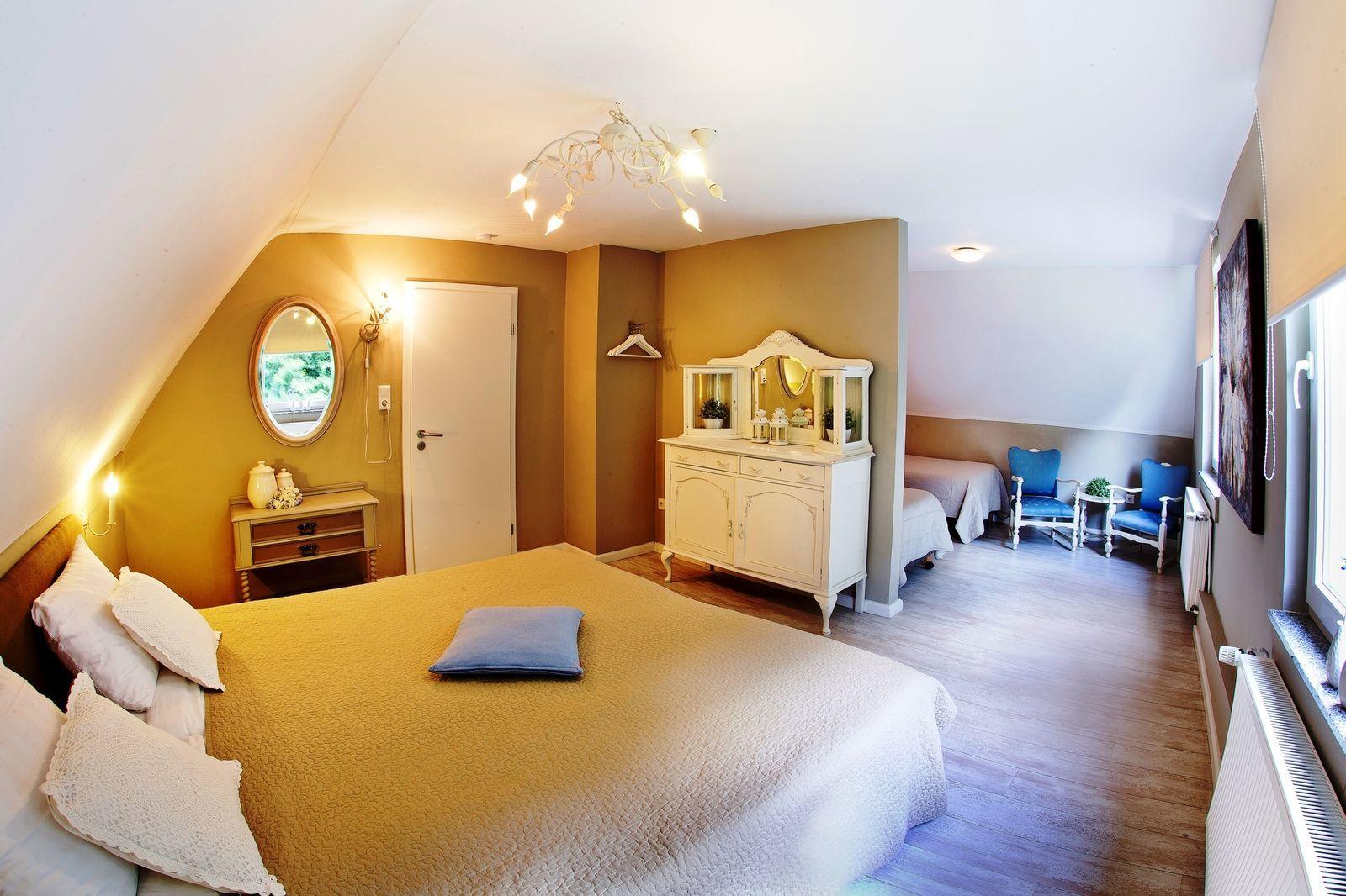 Huize Schutzbach XL - luxe vakantiehuis in de natuur van Duitsland