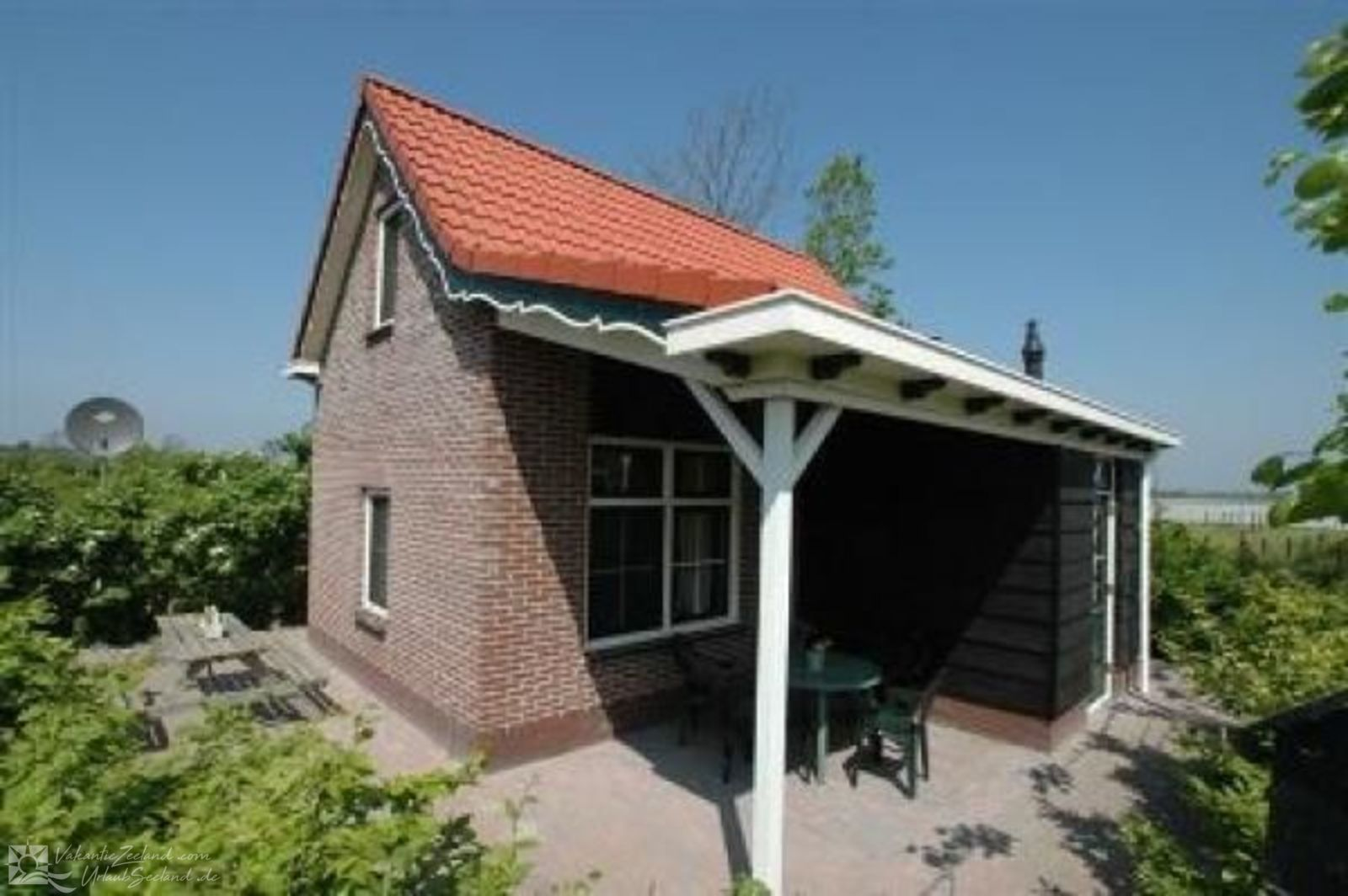 VZ081 Holiday home Oostkapelle