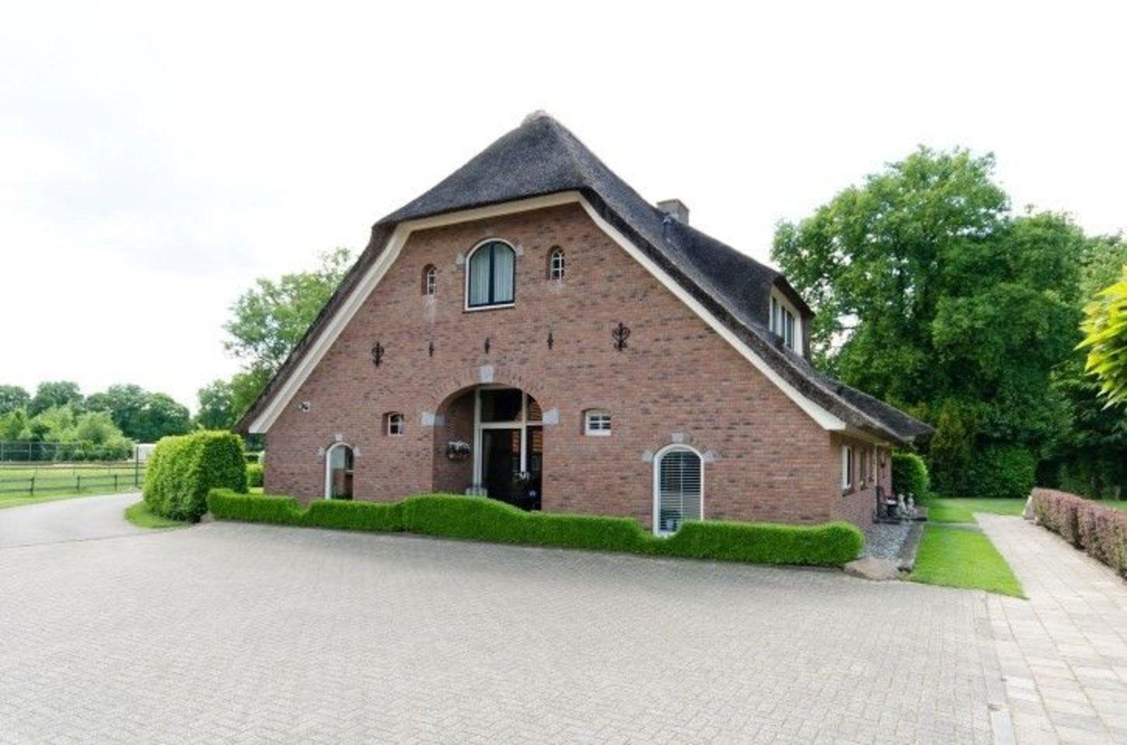 Reetgedecktes luxuriöses Ferienbauernhaus