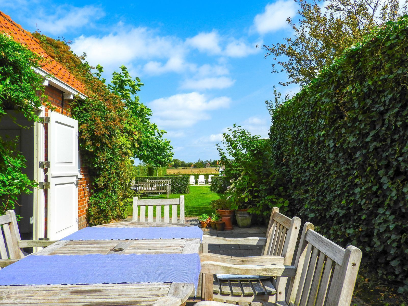 VZ318 Holiday home Cadzand